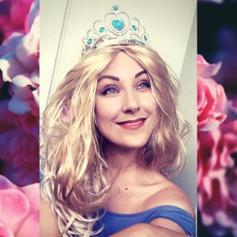 Laulava Jääkuningatar (3)